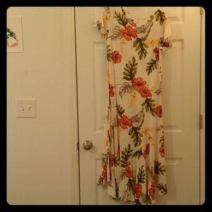Hawaiian maxi dress, never worn